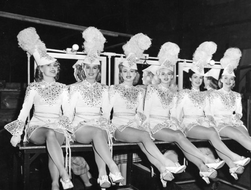 Ziegfeld Follies showgirls 1945