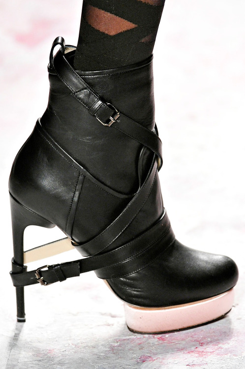 The boots at Prabal Gurung A/W 2011 are to die for. Seriously.