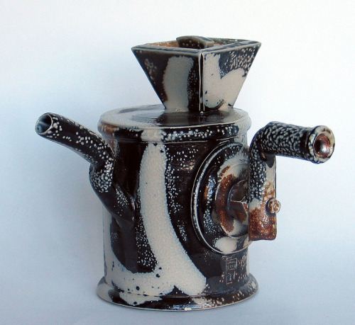 Peter Meanley: Ceramic Teapot