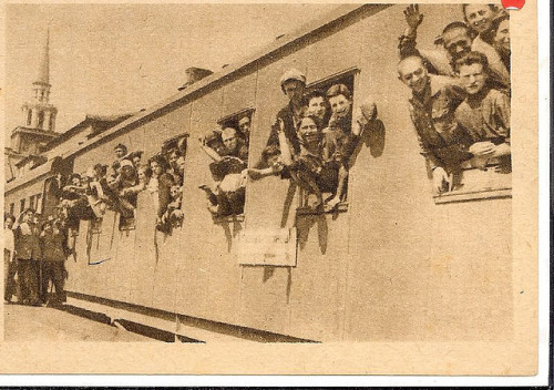 (via Stephanie Comfort) Jews on their way to Birobidzhan, Jewish Autonomous Region, Russia.
