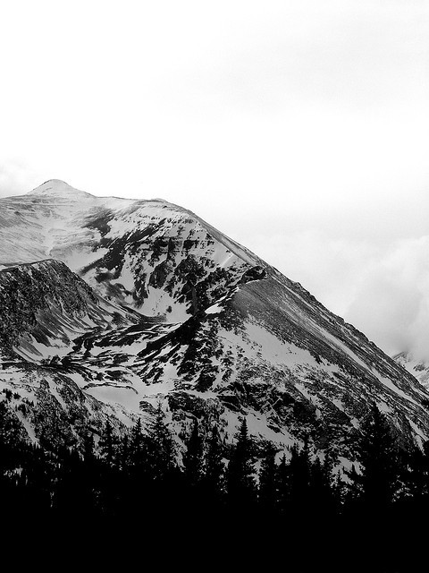 colorsandmotion:  Summit (by Geoff Ridenour)