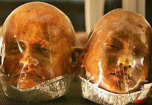 Kittiwat Unarrom, Thailand Realistic looking sculptures of dismembered human body parts sculpted entirely from bread