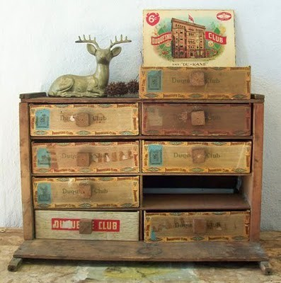 lorrainesbitsandbobs:  cigar box storage… awesome idea!