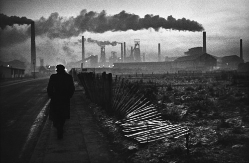 melisaki:  Early morning, West Hartlepool photo by Don McCullin, 1963