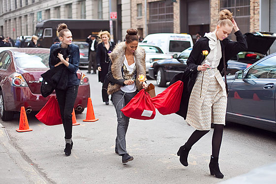 melanieedavis:  Frida Gustavsson, Joan Smalls, and Monika Jagaciak battle the wind in New York.