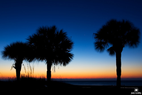 Dawn over the Atlantic. #photography #southcarolina #hiltonhead