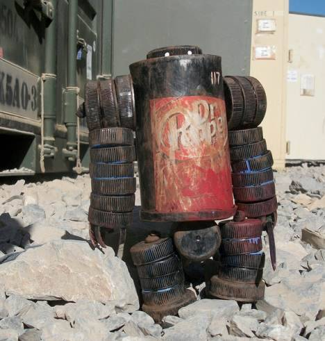 US Soldier Uses Recycled Materials to Make Super Cool Action Figures : TreeHugger