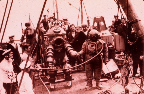 "J. Peress' 1-atm dive suit, Tritonia, explored the Lusitania wreck in 1935. Jim Jarrett was Peress's chief diver and made this dive to 312 feet. This suit was a precursor to the ""Jim"" suit, named for Jim Jarrett.(Source: NOAA/OAR/NURP)"