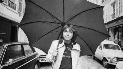 nprfreshair:  David Cassidy, star of the television show 'The Partridge Family', walks  down a road in London in 1974. Allison Pearson's new novel I Think I Love You tells the story of a teenage girl in love with the American pop singer. Maureen Corrigan's review.  I'm beginning to understand why Allison Pearson had a crush on this guy.