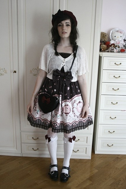 spookytheater:  I wish i was this cute.