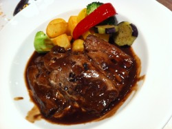 chocolate beef stew. I ate this in lotte museum restaurant.
