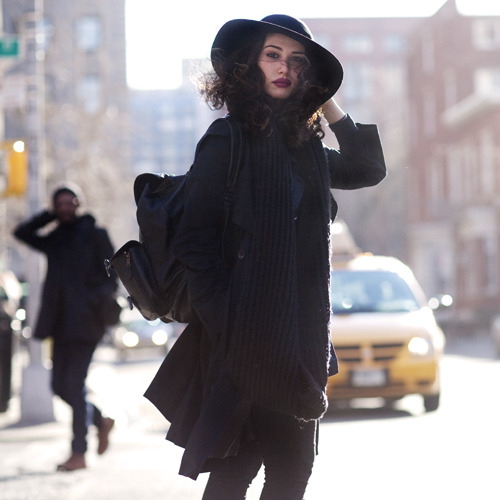thatkindofwoman:  sartorial:On the Street….A Windy University Place, New York