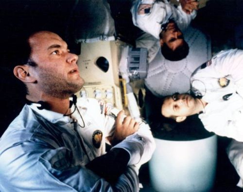 daunt:  Apollo 13 Watching this while I draw.  CRYING LIKE A BABY.  Oh my god this movie, this movie.  8'C
