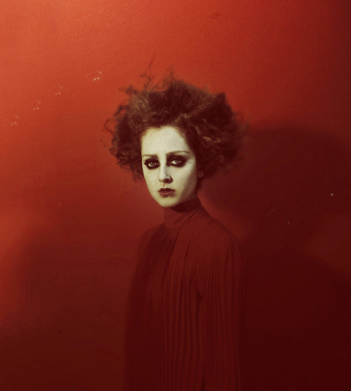 emilyharriet:  Fake Blood (by Federico Erra)