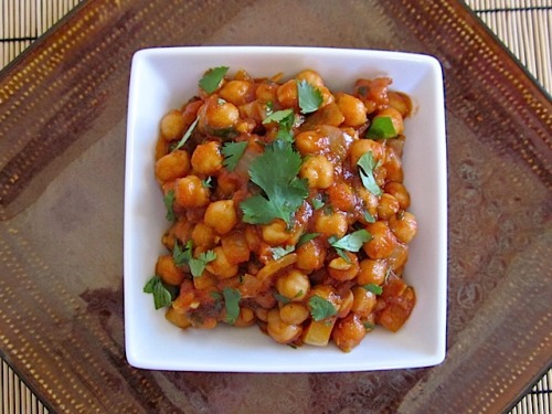 quick curried chick peas $3.16 recipe / $0.53 serving
