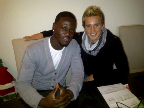 bluesfan:  Stuie hanging with Eddie Johnson. When's the next international break? I need to see the Yanks in action. My club is depressing me.   I think it's time for a cardigan intervention, EJ. For a Grown Ass Man, you seem to only have one gray cardigan. Branch out, get some brown or blue in there, maybe some red. ALSO LEARN HOW TO SCORE GOALS.