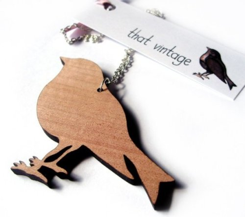 My Valentine's Day gift from Beau. A pretty wood bird pendant from That Vintage. I will definitely be wearing this for my upcoming engagement photo shoot.