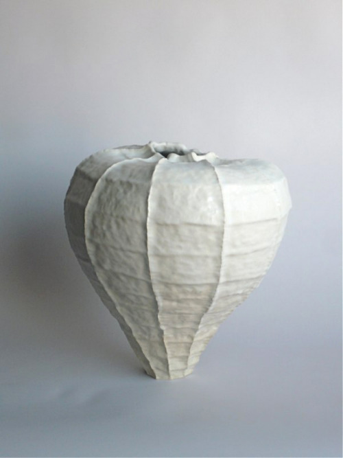 Young Mi Kim: Ceramic Vessel #2