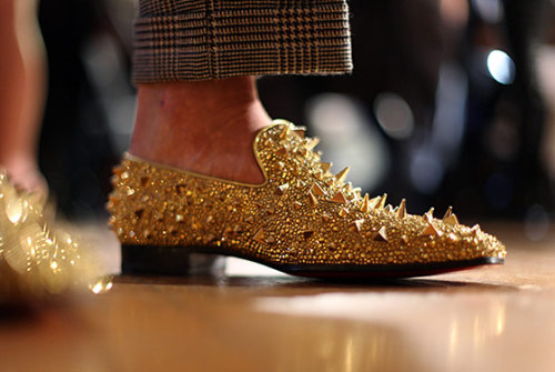 bbook:  Christian Louboutin. Drool.