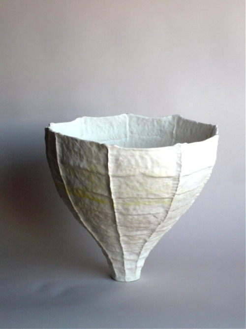 Young Mi Kim: Ceramic Vessel #4