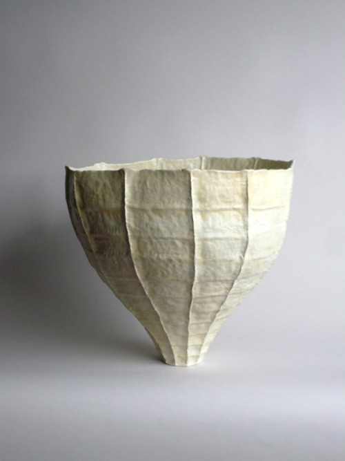 Young Mi Kim: Ceramic Vessel #9