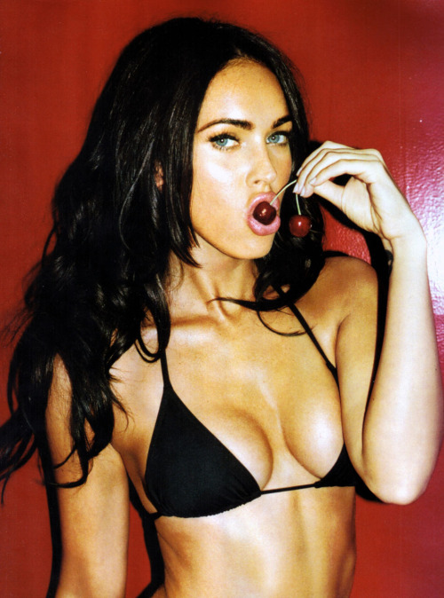 Megan Fox hot damn