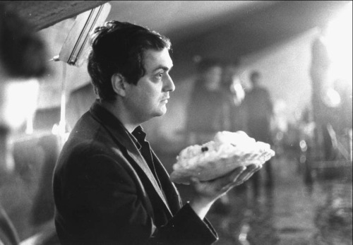 thefilmdirectory:  Stanley Kubrick preparing the deleted pie-throwing scene for Dr. Strangelove (1964)