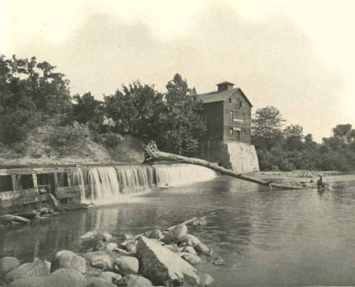 Columbus, Ohio:  Piatt Mill, owned by John B. Piatt , sat on the Olentangy River near Doddridge Street. It burned June 13, 1902. Photos circa 1900