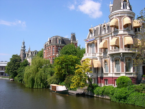 sunsurfer:  Amstel River, Amsterdam  photo from citydata