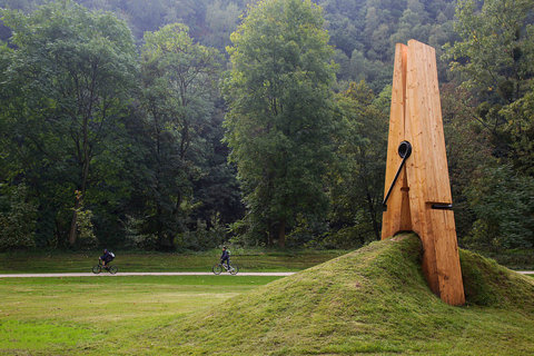 FFFFOUND! | Exposition d'Art contemporain dans le parc de Chaudfontaine (Belgique) | Flickr - Photo Sharing!