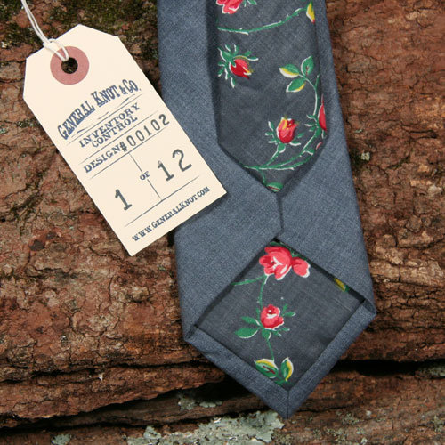 thestylebuff:  Washed Denim 50's Floral Two Tone Tie, General Knot & Co.