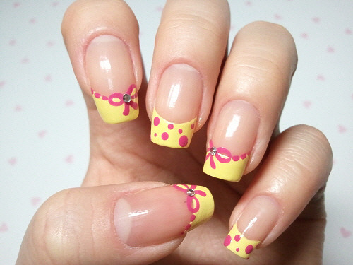 click through for tutorial (in my korean blog) ribbon & dot nailart