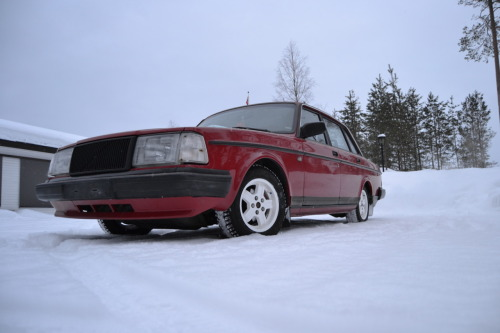 My car, a volvo 240 :)