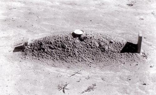 Walker Evans  Grave, 1936 From here