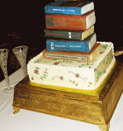 tatteredcover:  Wedding cake for two Tattered Cover staffers who tied the knot.  YESSSS.