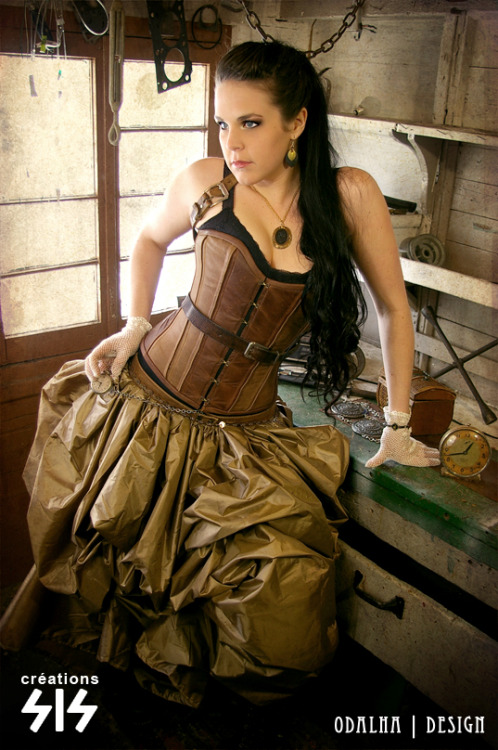Steampunk beauty of the day!