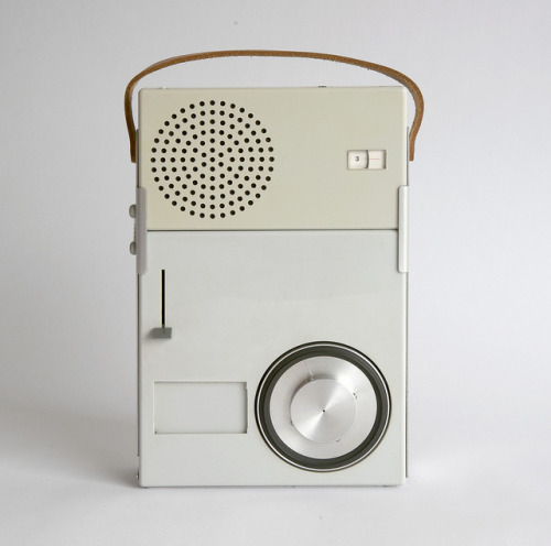 I can still get amazed at the design of Dieter Rams. Here's the Braun TP1 radio/phonograph from 1959. Have a look at it in use also.