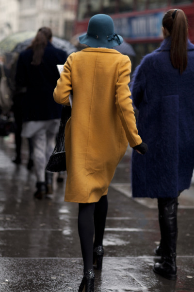 hitchcockblonde:  calivintage, The Sartorialist: On the Street….London Color Story, London