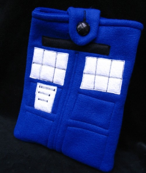 Tardis iPad Sleeve by MyFunkyCamelot on Etsy