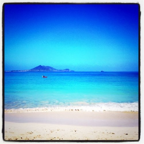 Pre-game beaching (Taken with Instagram at Kailua Beach)