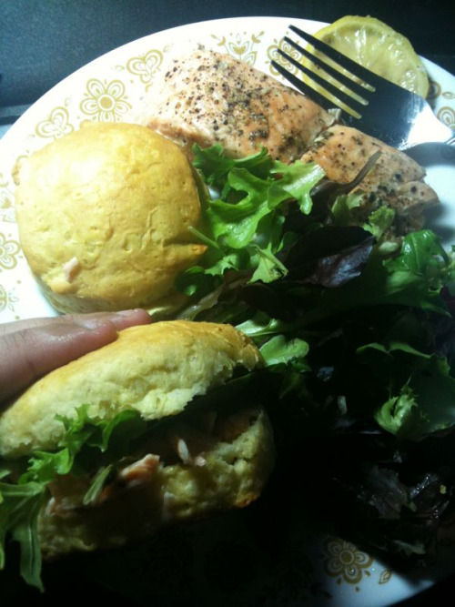 Lunch: Salmon sliders
