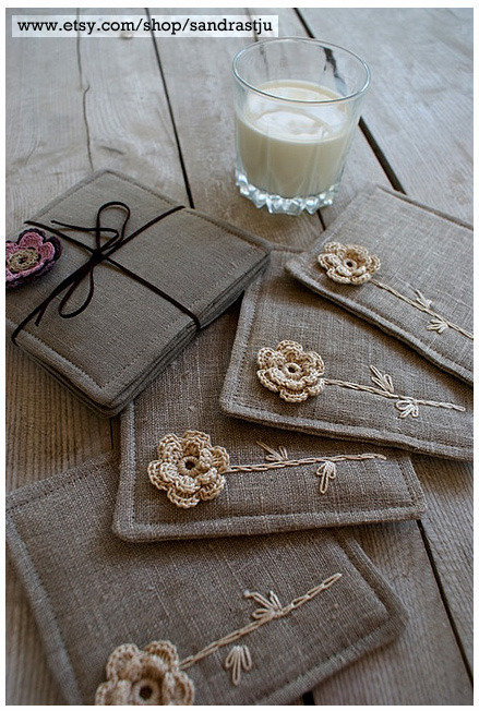 occasionalcrafter:  Gorgeous. Coasters by SandraStJu  great idea, love it! trust etsy to support arty inventiveness :)
