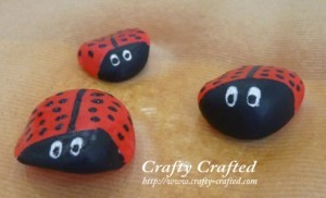 teachpreschool:  Rock Painting – Lady Bug « Insect Crafts « Crafty-Crafted.com