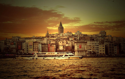 Galata Tower, Istambul, Turkey© Kıvanç Niş via theworldwelivein