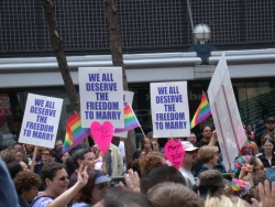 "Administration Drops Defense of Discriminatory DOMA Law  February 23, 2011 Today the Obama Administration announced it won't continue its  defense of the so-called ""Defense of Marriage Act"" (DOMA) in court.   DOMA denies federal recognition and benefits to legally married same-sex couples and purports to allow states to deny recognition to those couples as well. ""This is a monumental decision for the thousands of same-sex couples  and their families who want nothing more than the same rights and  dignity afforded to other married couples,"" said HRC President Joe  Solmonese.  ""As the President has stated previously, DOMA unfairly  discriminates against Americans and we applaud him for fulfilling his  oath to defend critical constitutional principles."" (via: hrc.org) (photo courtesy of: change.org)"