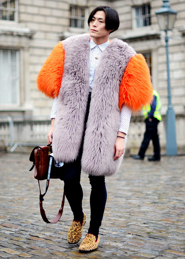 elle:  Street Chic London Fashion Week A Louise Gray fur coat makes an appearance after the show. Photo: Courtney D'Alesio  THE best street style of LFW.