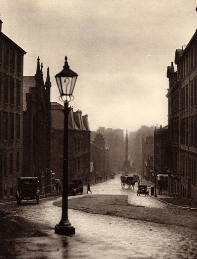 proustitute:  E. O. Hoppé, Glasgow, Scotland, 1925(via regardintemporel)