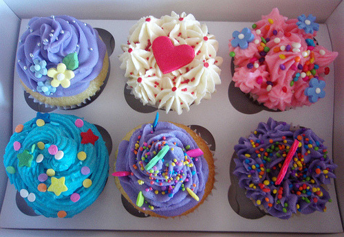 Man these are some of the tastiest lookin cupcakes ever! GIMME!!!!