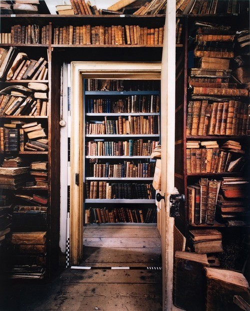 iheartclassics:  The best secret lairs are always libraries. <3justbesplendid:  books!!!