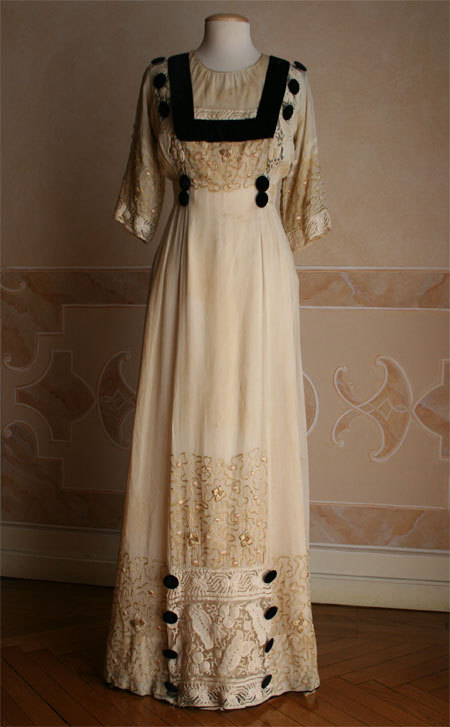 Dress ca.1909 via Abiti Antichi